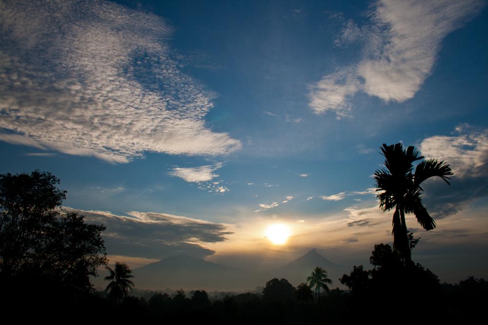 Amanece-en-Borobudur