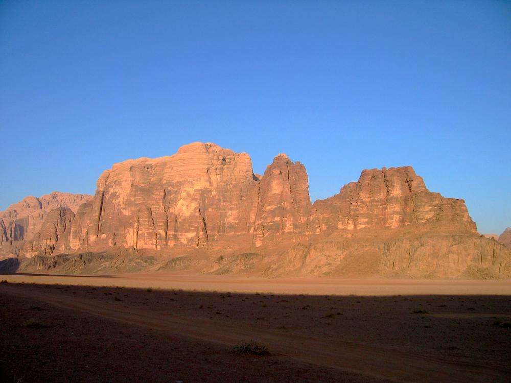 Amanece-en-Wadi-Rum