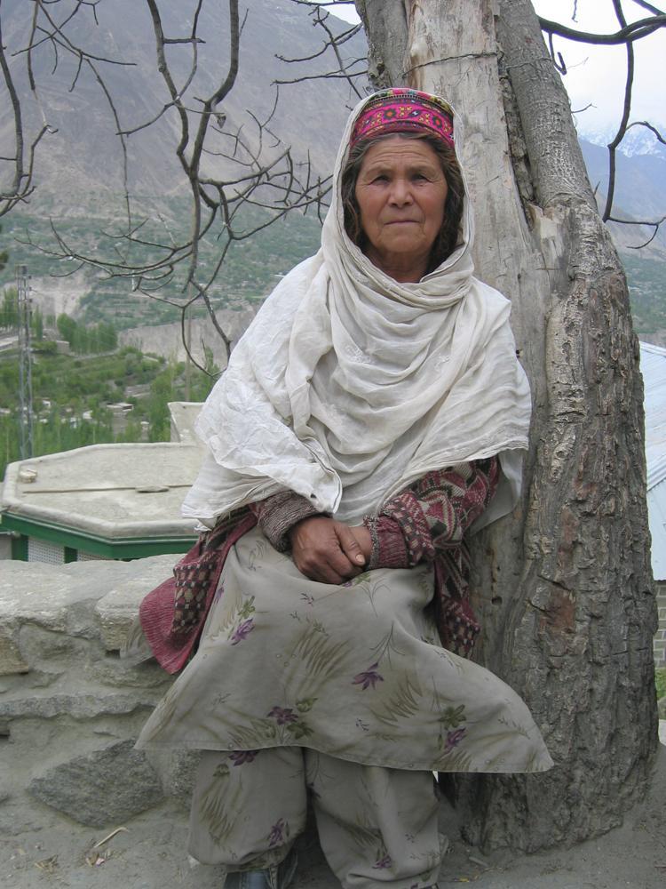 Anciana-Hunzakhut-en-Karimabad