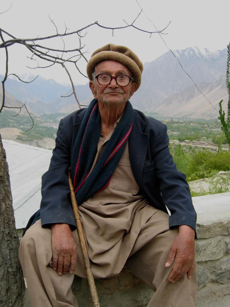 Anciano-Hunzakhut-en-Karimabad