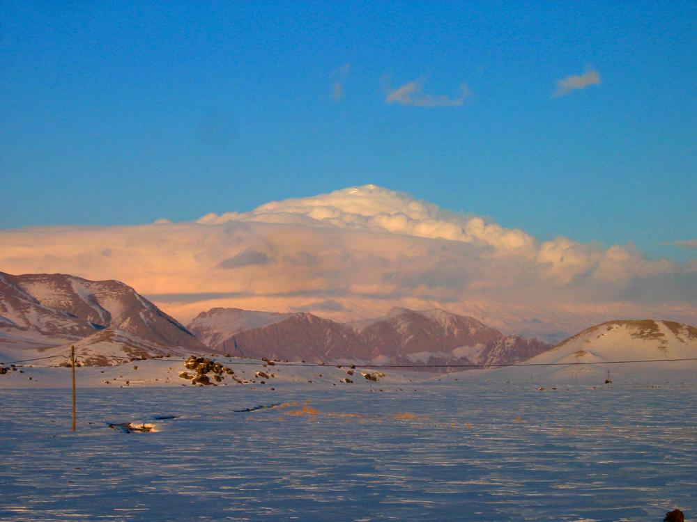 Ararat-cubierto-de-nubes