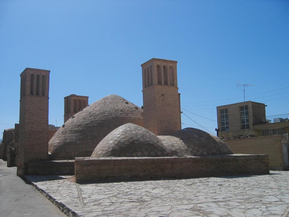 Ardestán-III