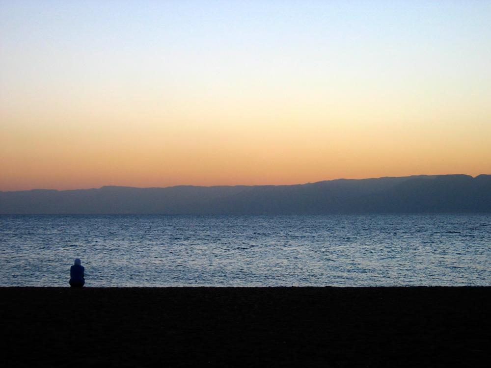 Atardece-en-la-playa-de-Aqaba