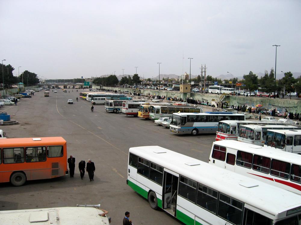 Autobuses-de-peregrinos-en-el-Mausoleo-de-Fátima
