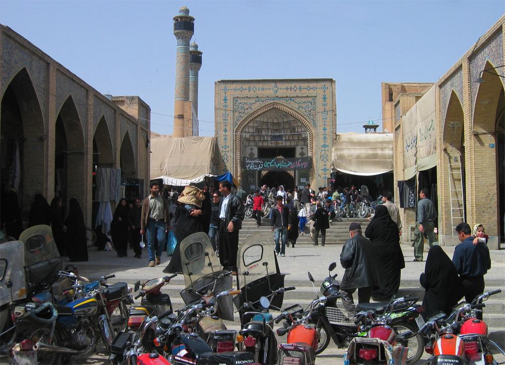 Bazar-junto-a-Mashed-e-Jame