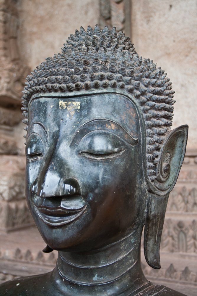 Buda-meditativo