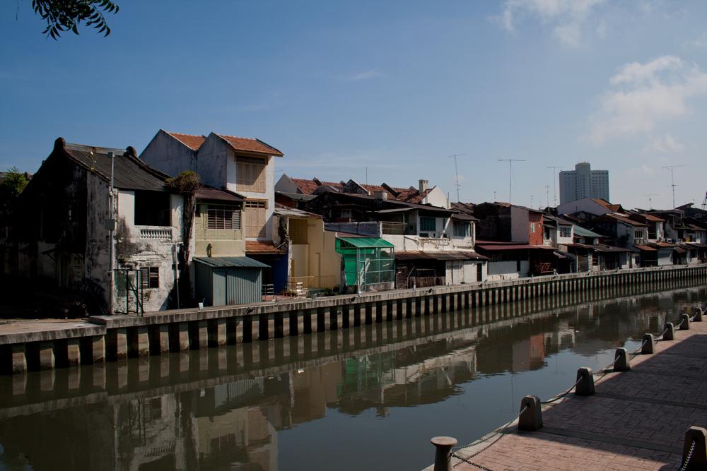 Canal-y-casas