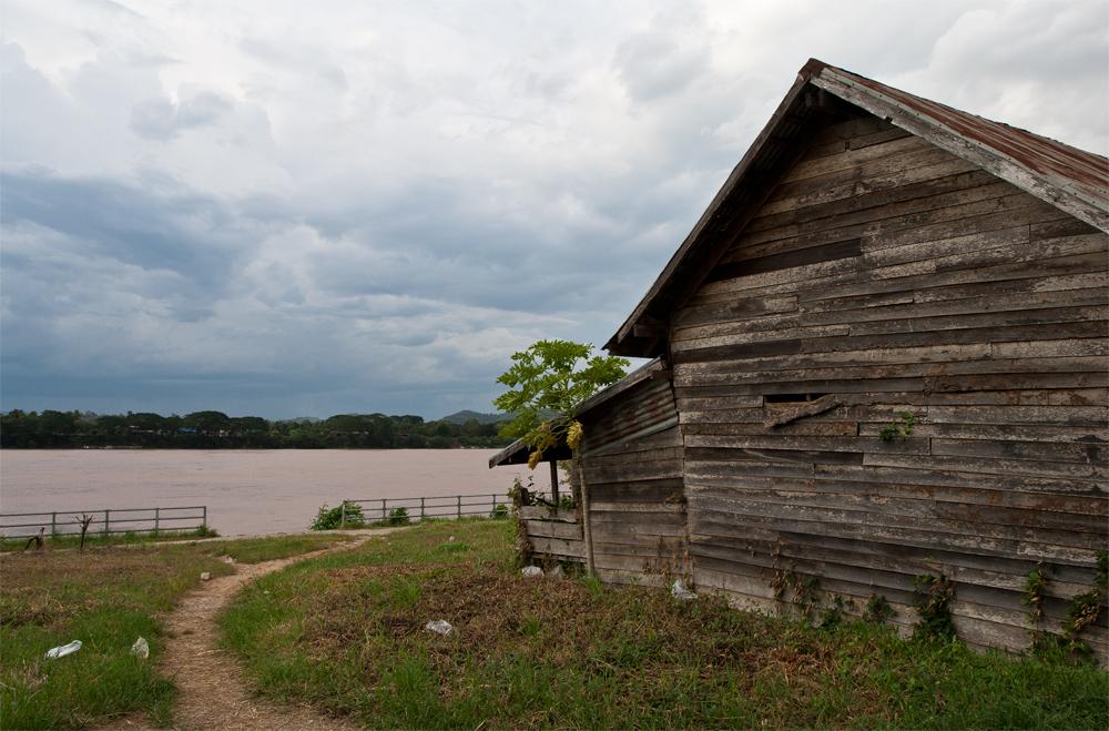 Casa-junto-al-Mekong
