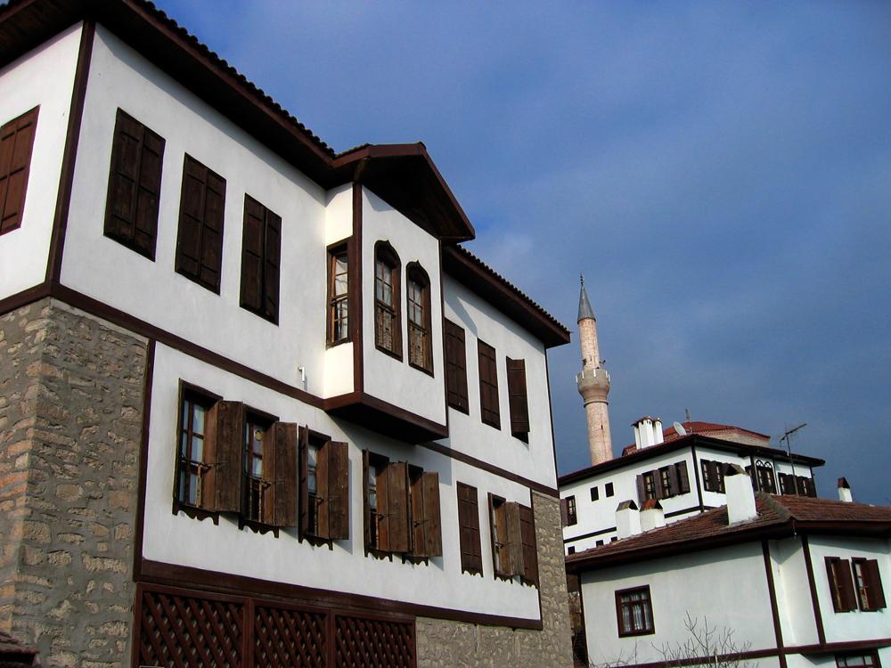 Casas-III