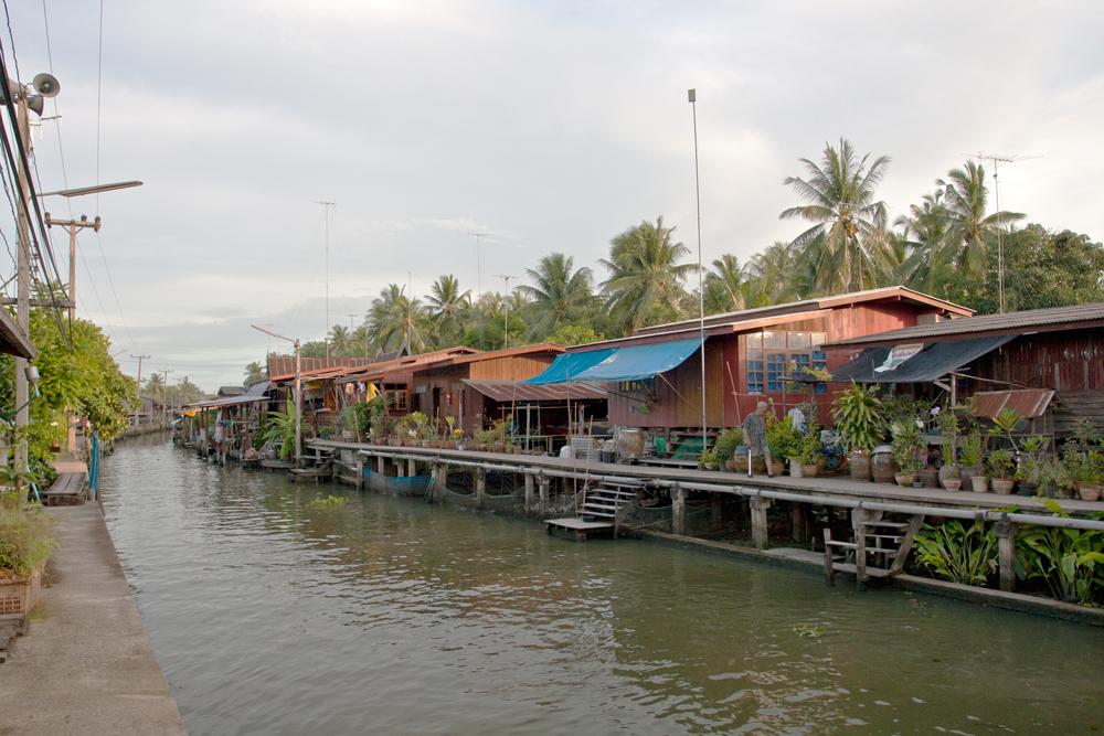 Casas-en-los-canales-II