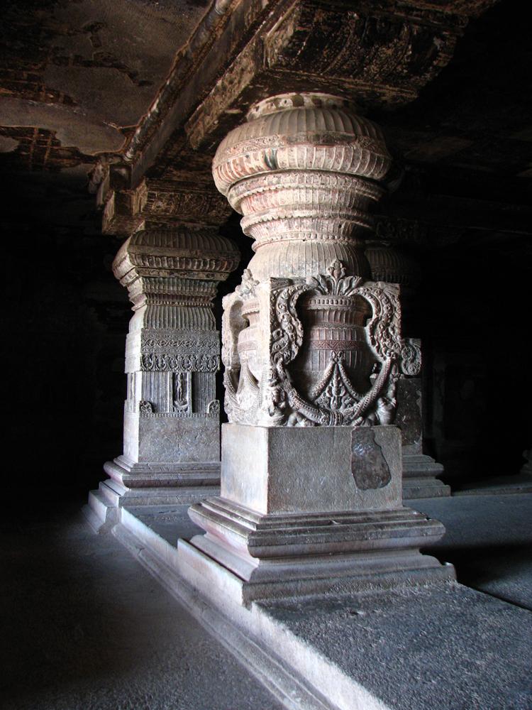 Columnas-de-una-cueva