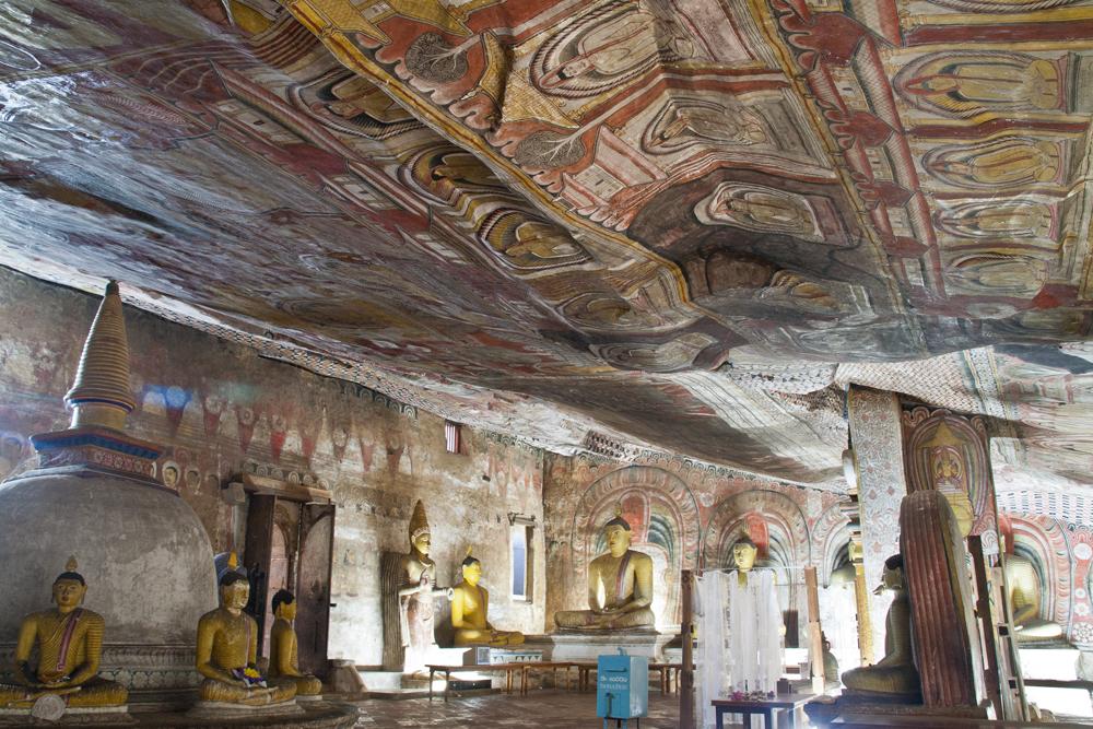 Cuevas-en-Dambulla-IV