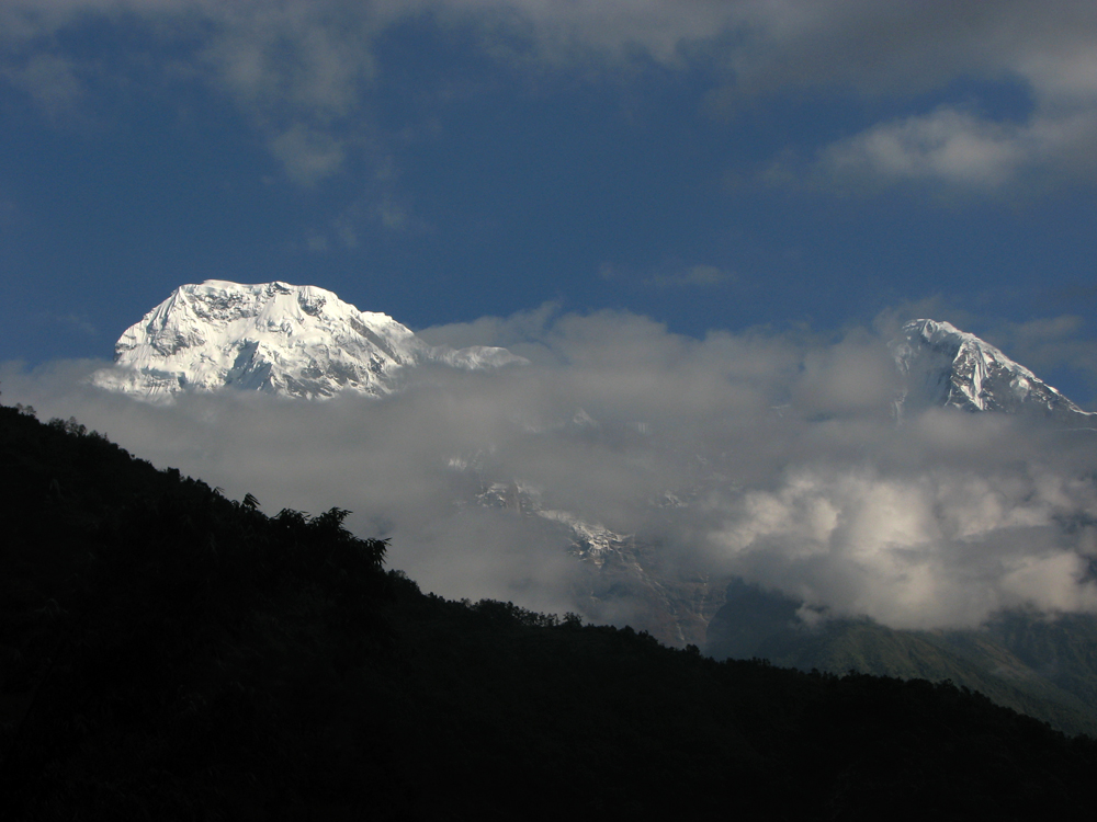 De-izquierda-a-derecha-Annapurna-I-y-Hiun-Chuli