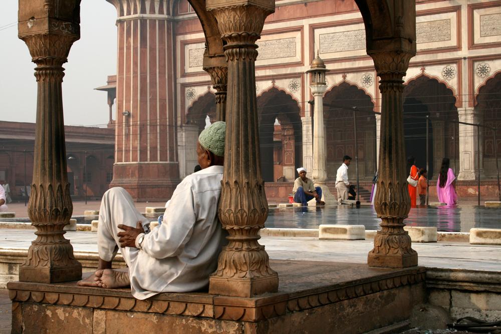 Descansando-en-la-mezquita