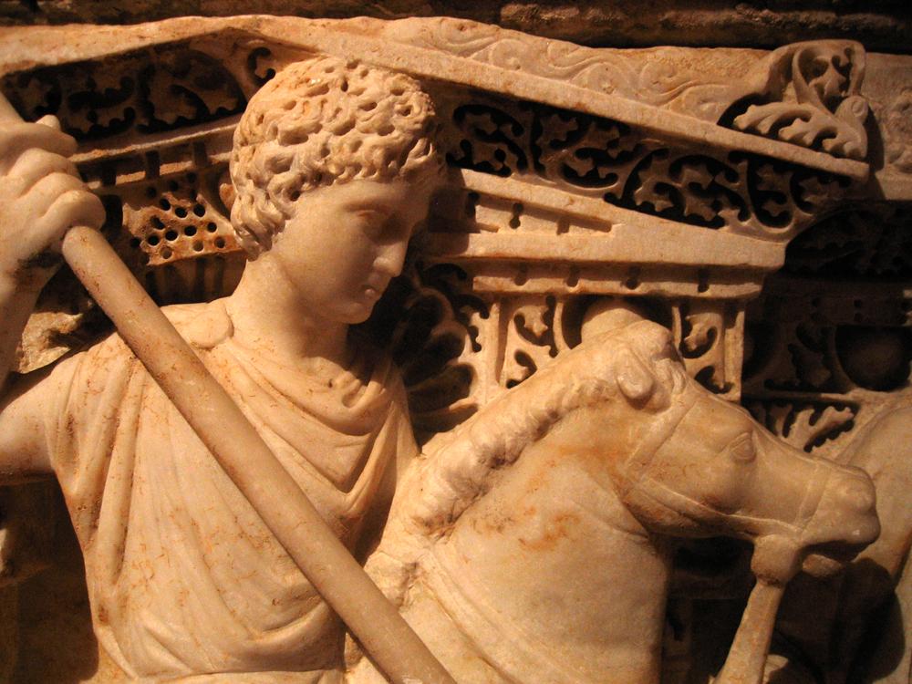 Detalle-de-sarcófago-en-el-Museo-arqueológico-de-Antioquía