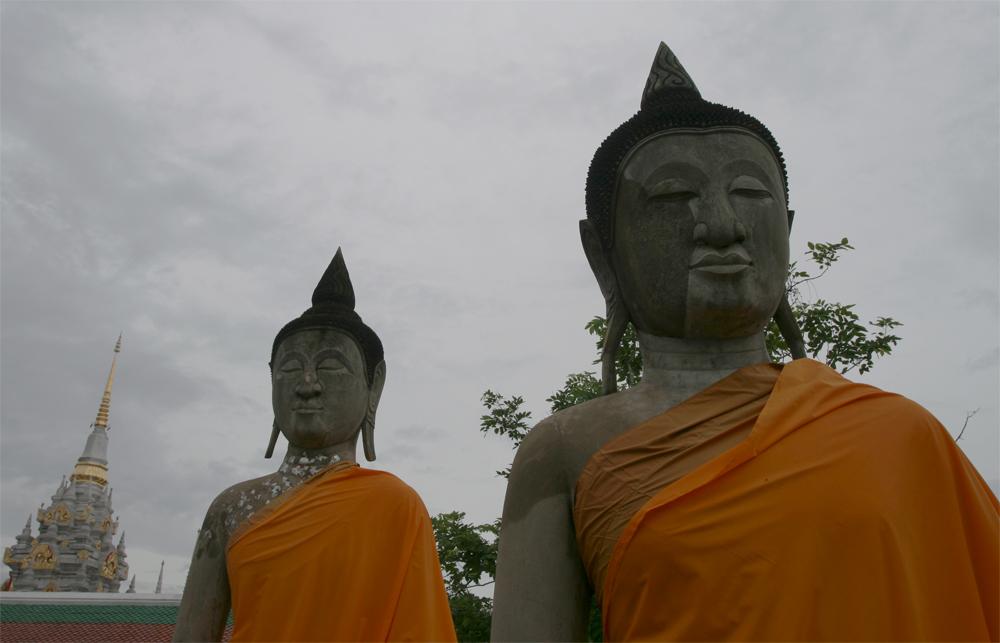 Dos-estatuas-de-Buda