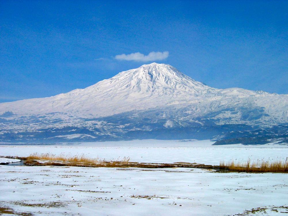 El-Ararat-en-su-esplendor