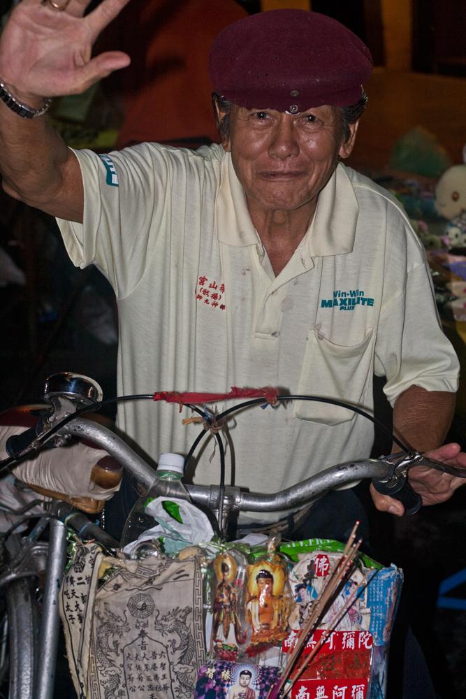 El-hombre-y-su-bici