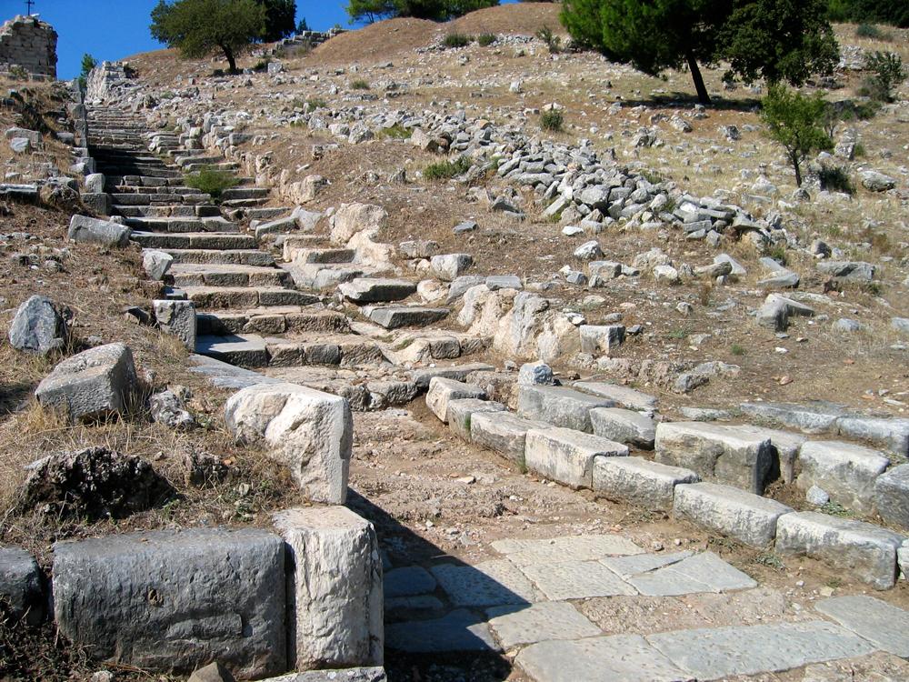 Escaleras-de-acceso-a-Priene