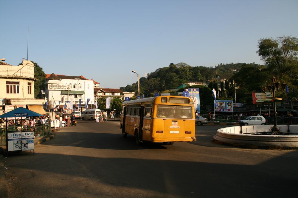Escena-de-Kandy-II