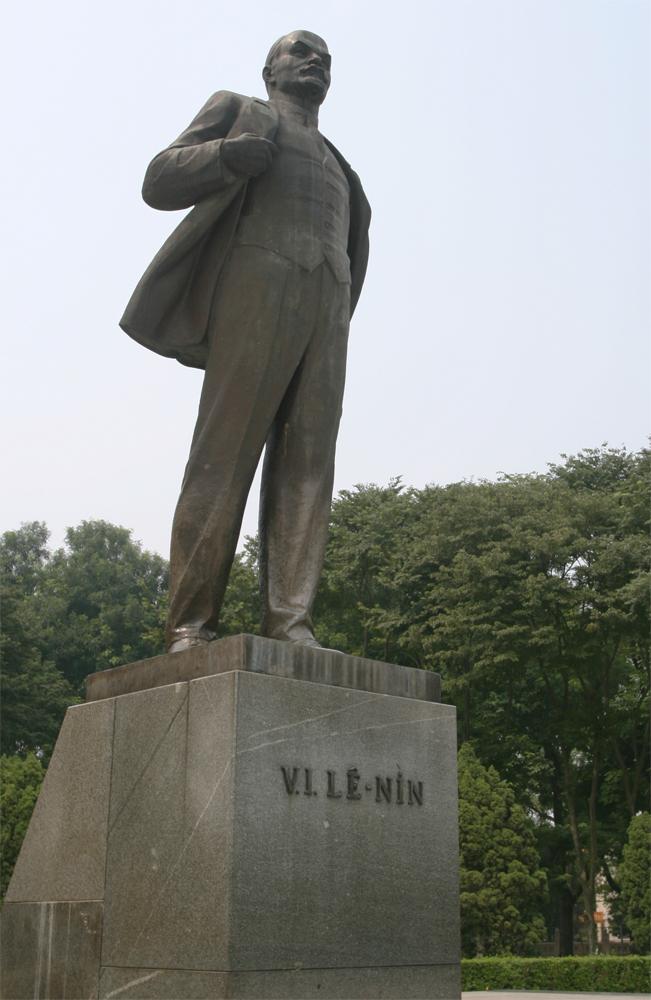 Estatua-de-Lenin
