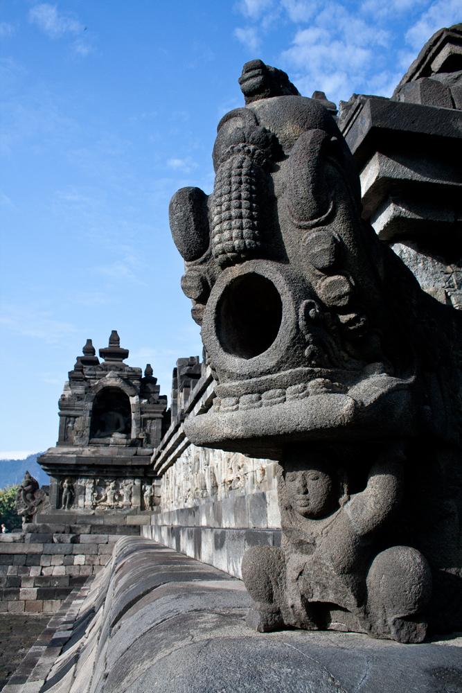 Estatua-en-Borobudur