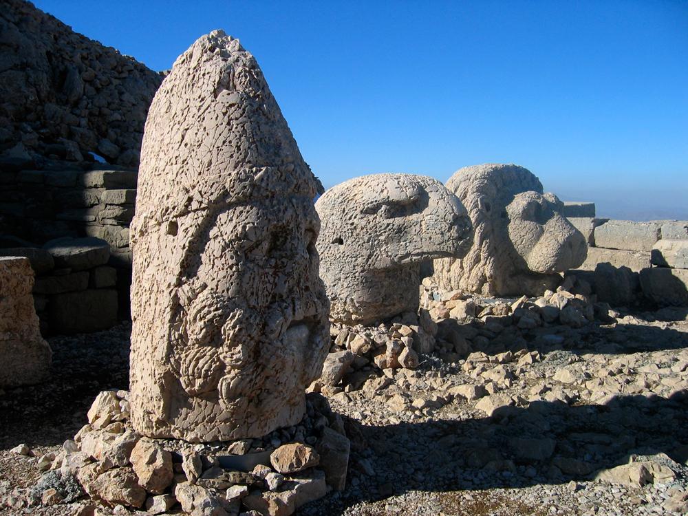 Estatuas-de-Nemrut-Dagi-IV