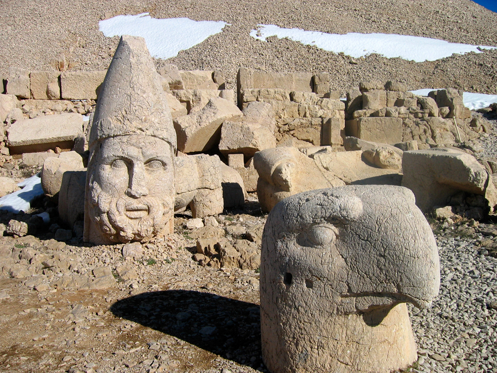Estatuas-de-Nemrut-Dagi