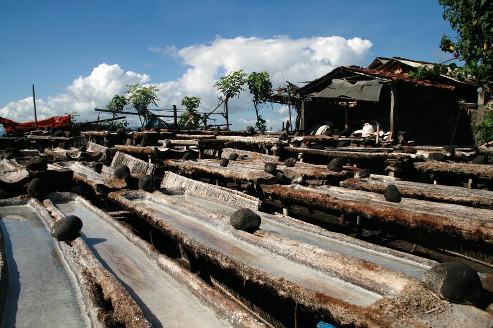 Fabricación-artesanal-de-sal-en-Kusamba-V