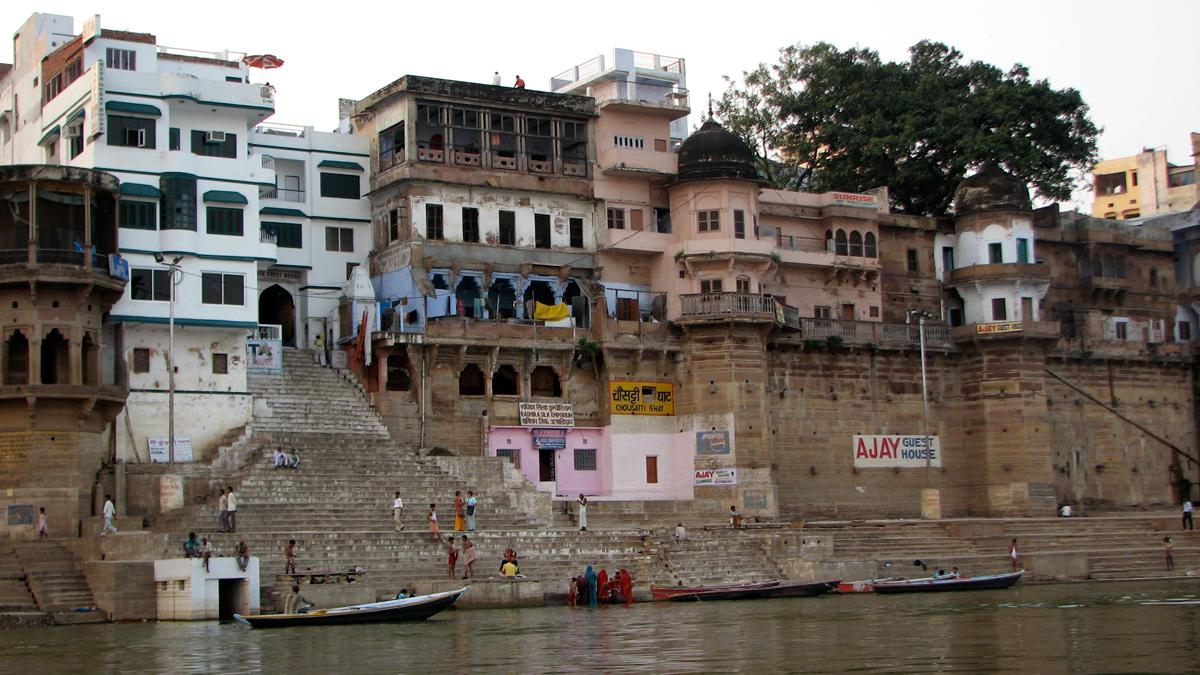 Ghat-en-Varanasi-II