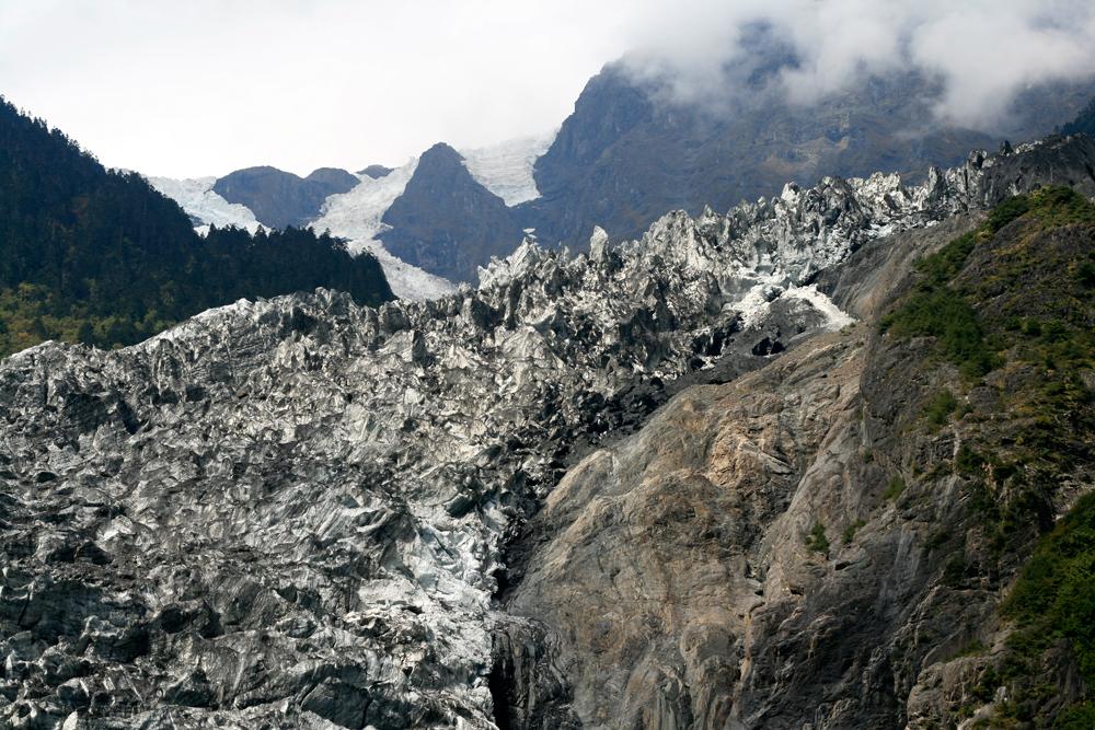 Glaciar-de-Mingyong-IV