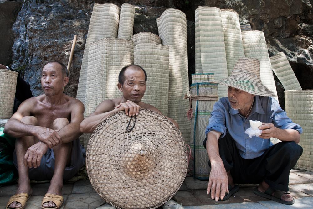 Hombres-en-Yangshuo