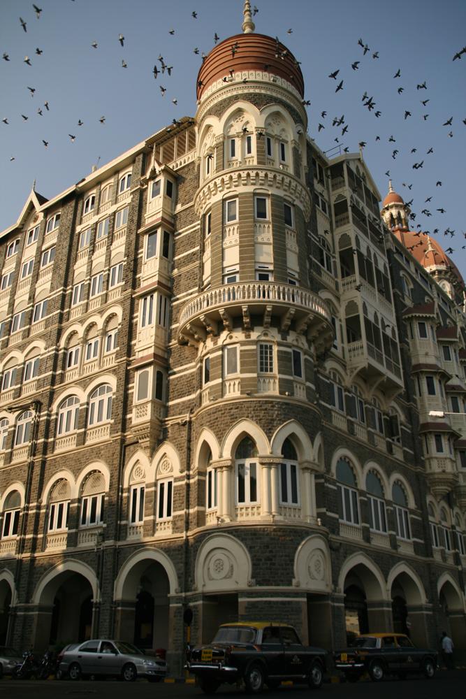 Hotel-Taj-Mahal