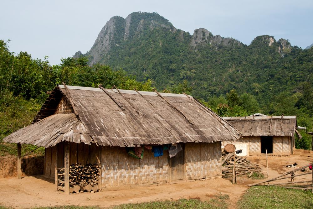 Humilde-hogar-del-distrito-de-Vang-Vien