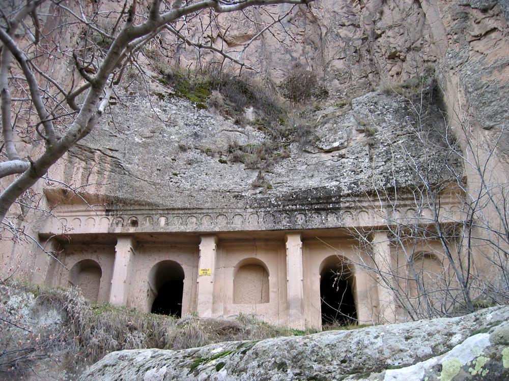 Iglesia-excavada-en-el-Valle-de-Ihlara