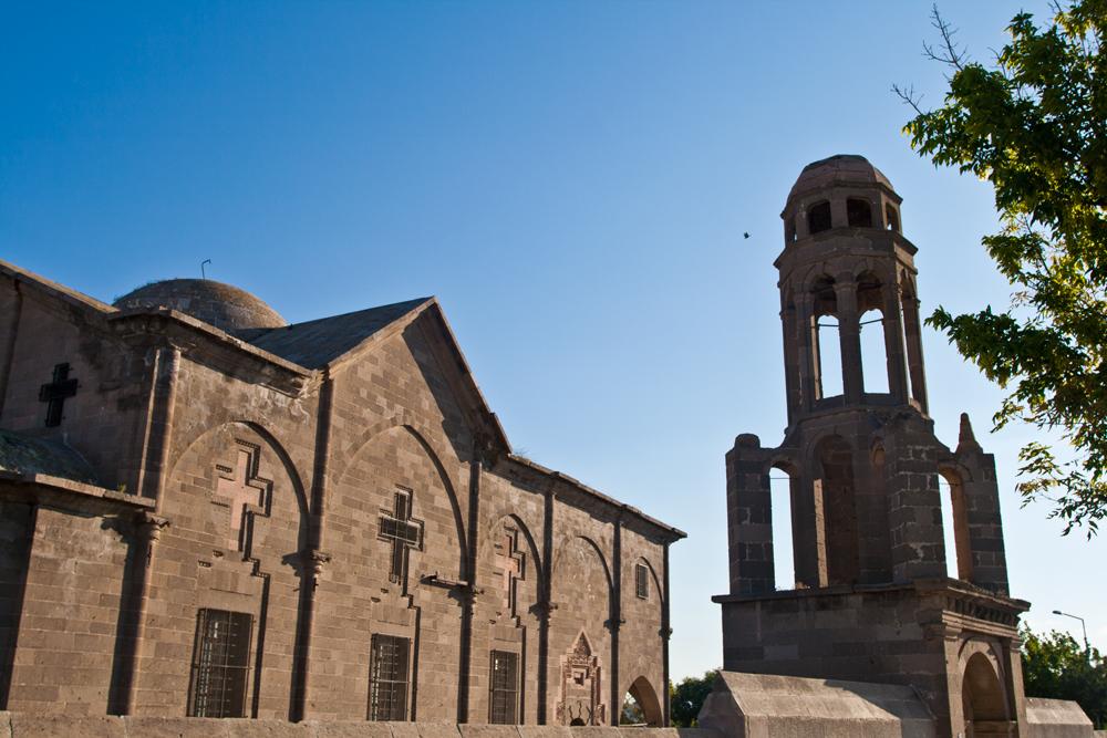 Iglesia-monasterio-en-Derinkuyu-III