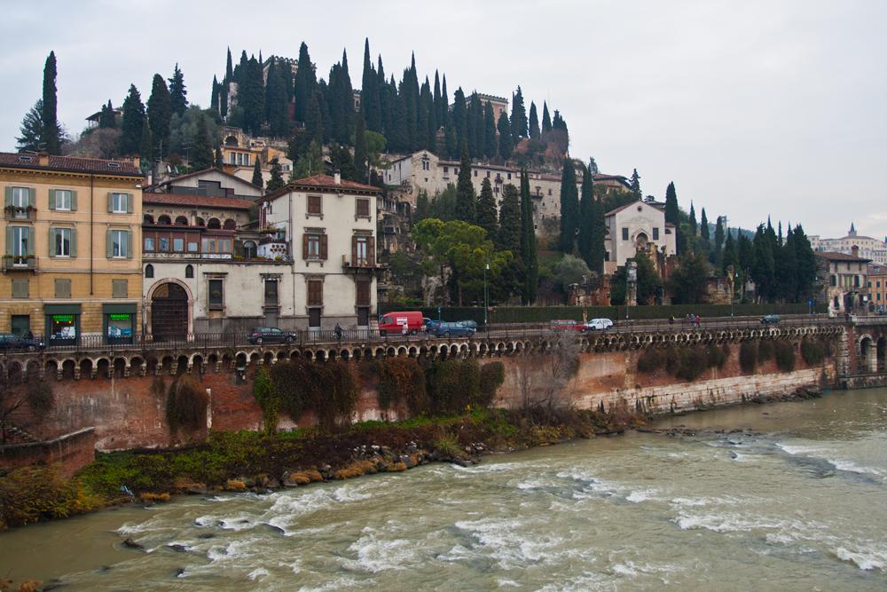 Imagen-de-Verona-junto-al-rio-Adige