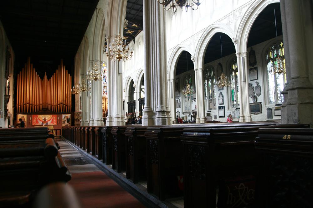 Interior-de-la-Catedral-de-San-Pablo