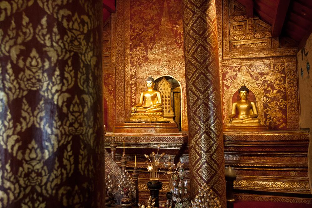 Interior-de-un-templo-III