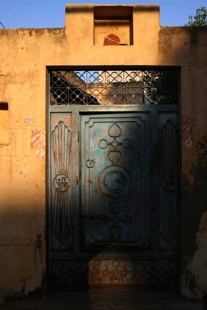 La-puerta-de-una-casa