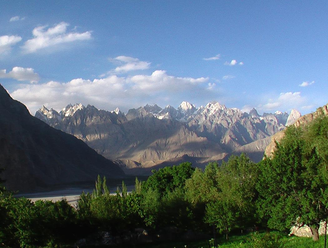 Macizo-de-montañas-desde-Kaphulu