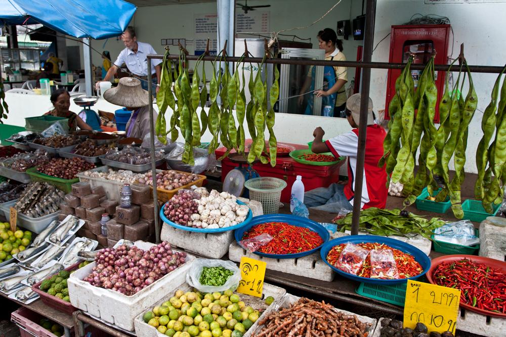 Mercado-en-Ko-Phuket