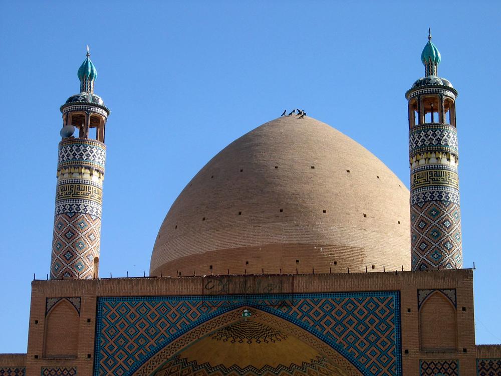 Mezquita-y-Madrasa-Agha-Bozorg