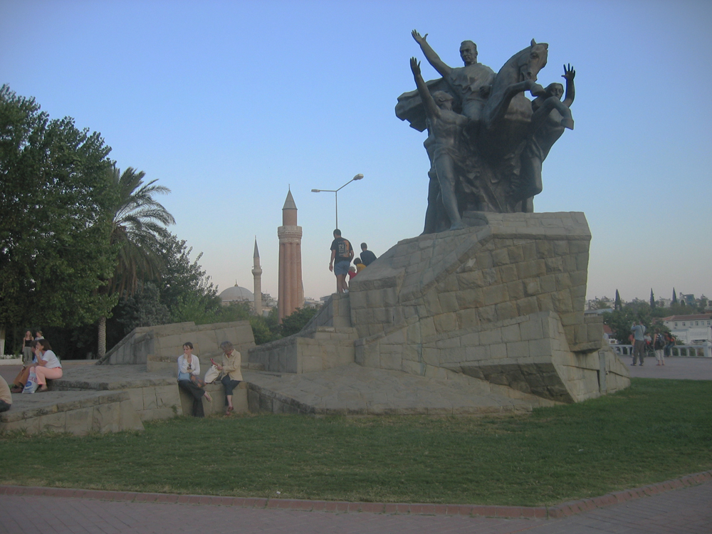 Monumento-a-Atatürk