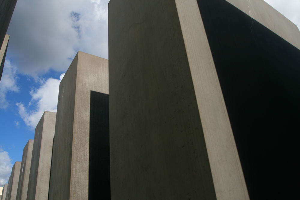 Monumento-al-holocausto-II