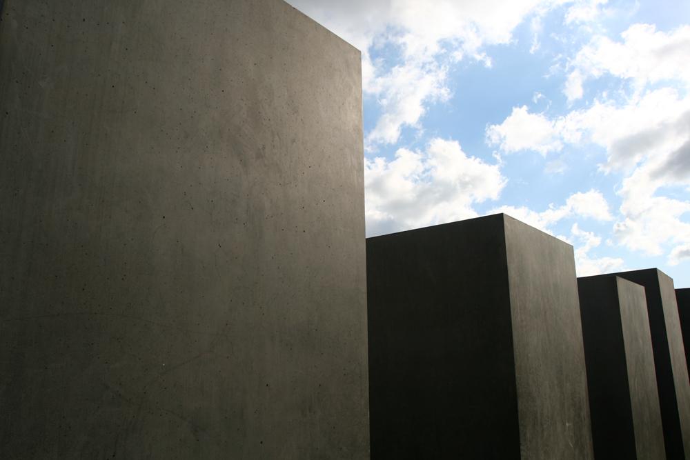 Monumento-al-holocausto-III