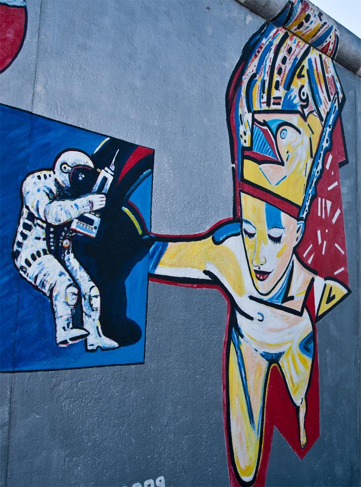 Museo-al-aire-libre-del-Muro-XXI-(East-side-gallery)