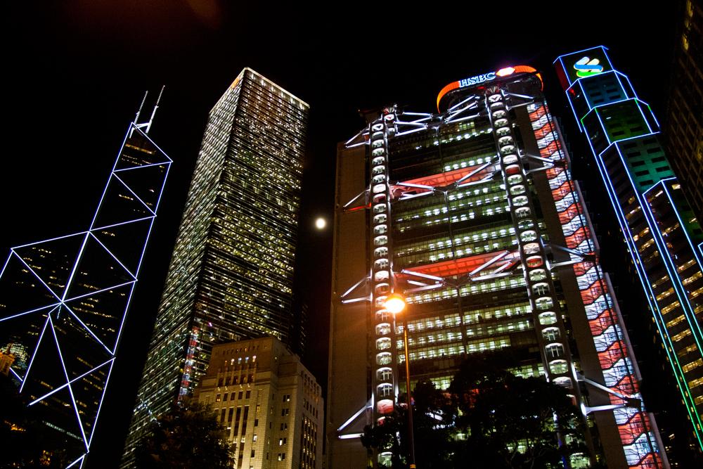 Noche-en-Isla-de-Hong-Kong