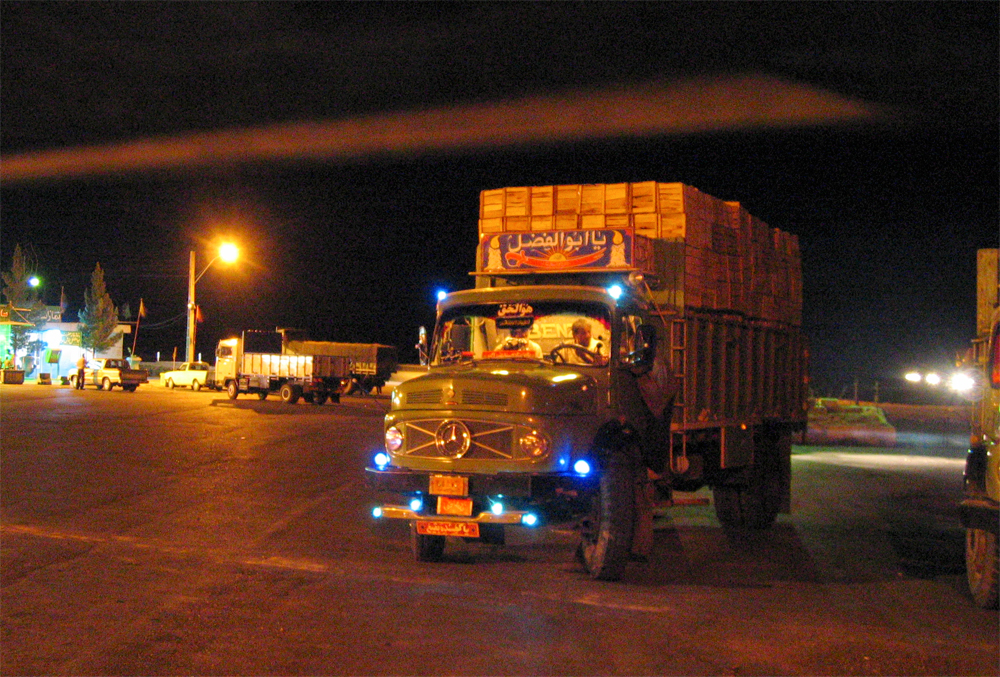 Noche-en-carretera
