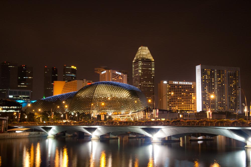 Nocturna-de-Singapur